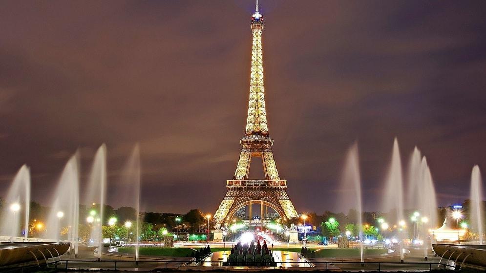 برج ايفل فى المساء